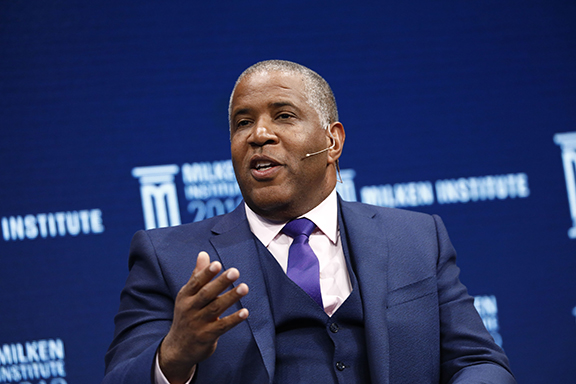 https://assets.sourcemedia.com/0a/65/d8859d8a43fcab40ac1c06fd19c7/robert-smith-at-milken.jpg