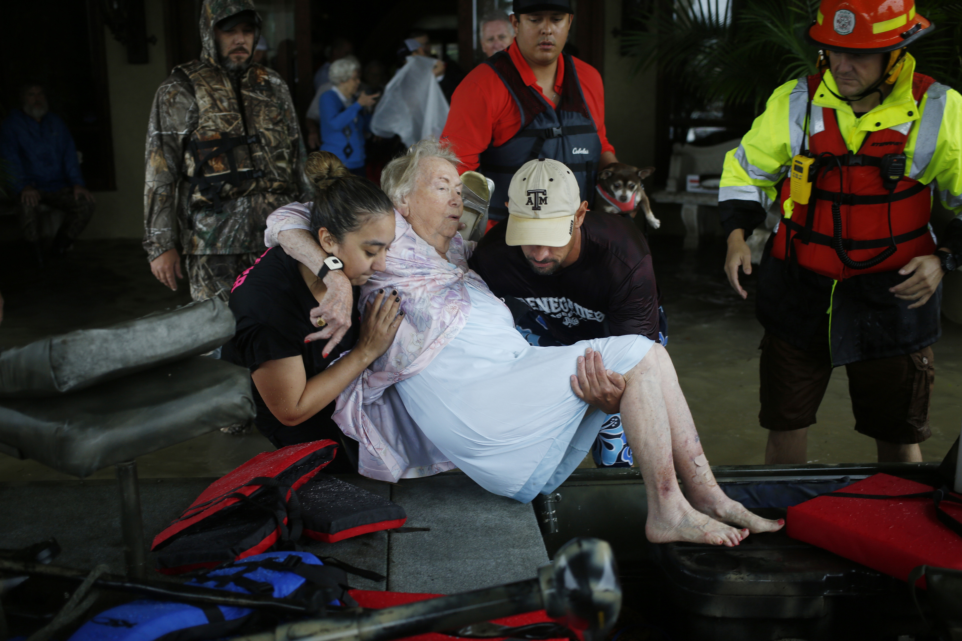 https://assets.sourcemedia.com/16/94/8a02fe7943e3824c23cdabfa273d/houston-retirementhome-flood-crop-2.jpg