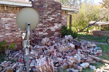 https://assets.sourcemedia.com/20/54/b8cbb4424653ae94c2d0c510b2ec/okla-quake-damage-2011.jpg