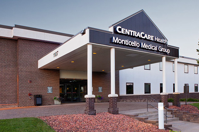 https://assets.sourcemedia.com/2d/9b/12157c4b4e69a23414bc7ed3f24d/banner-monticello-medical-group-crop.jpg