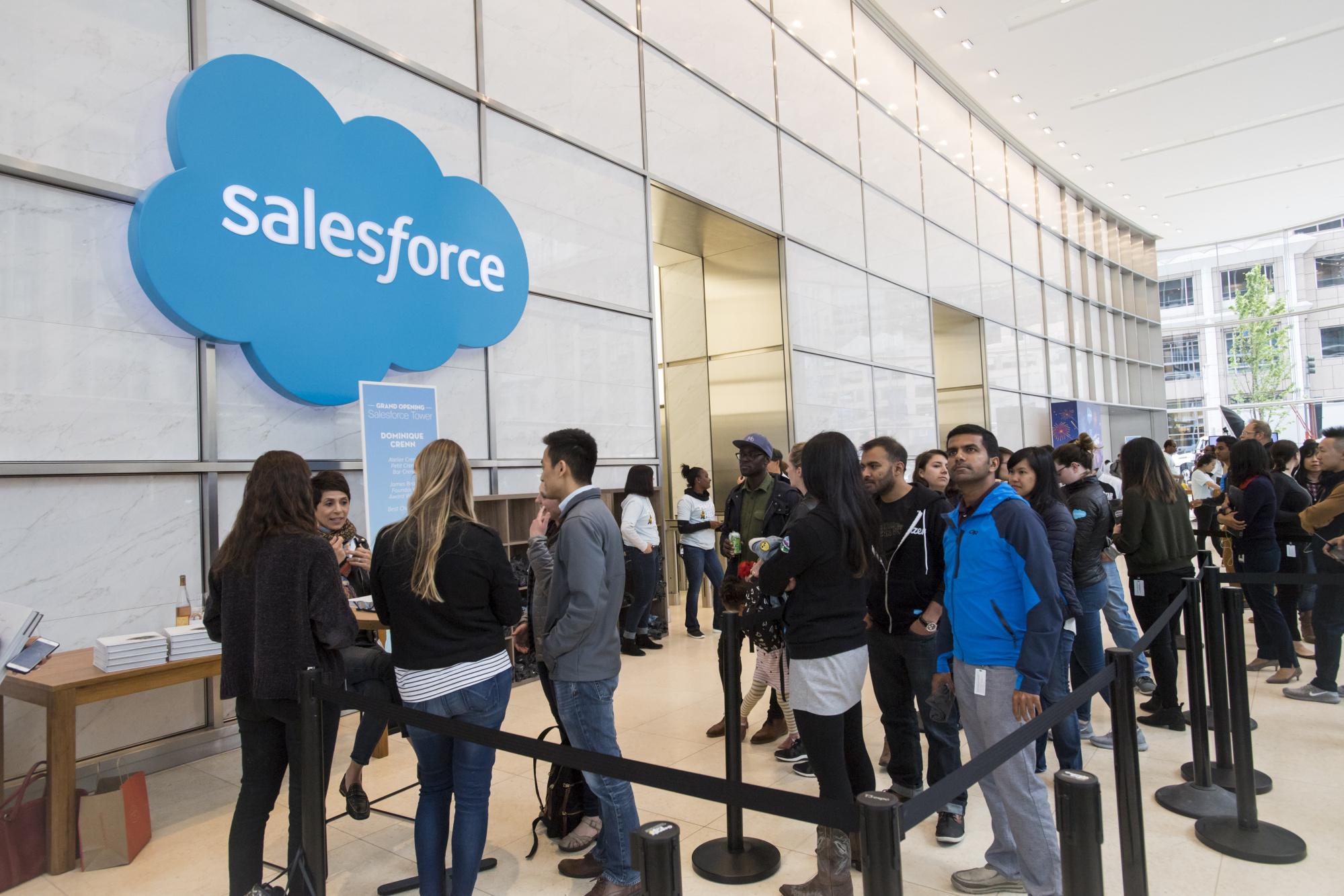 https://assets.sourcemedia.com/46/b5/f328f61b4460adde687106767d2b/salesforce.Bloomberg.jpg