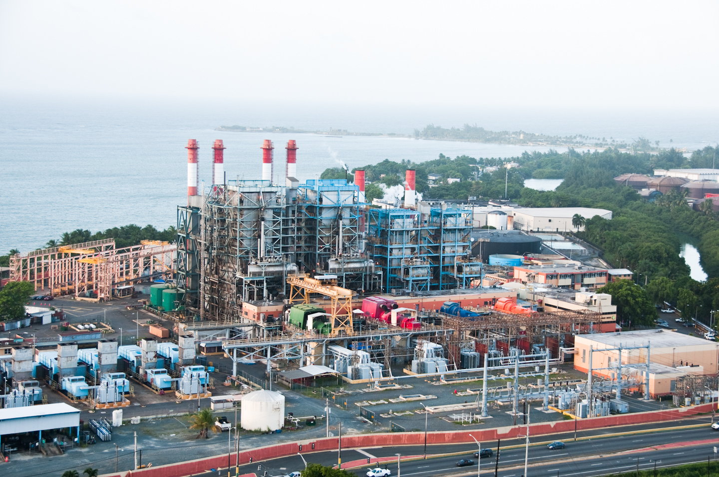 https://assets.sourcemedia.com/4a/24/e2c502474bf9830901079bf959a2/photo-of-prepa-central-palo-seco-toa-baja-power-plant.jpg