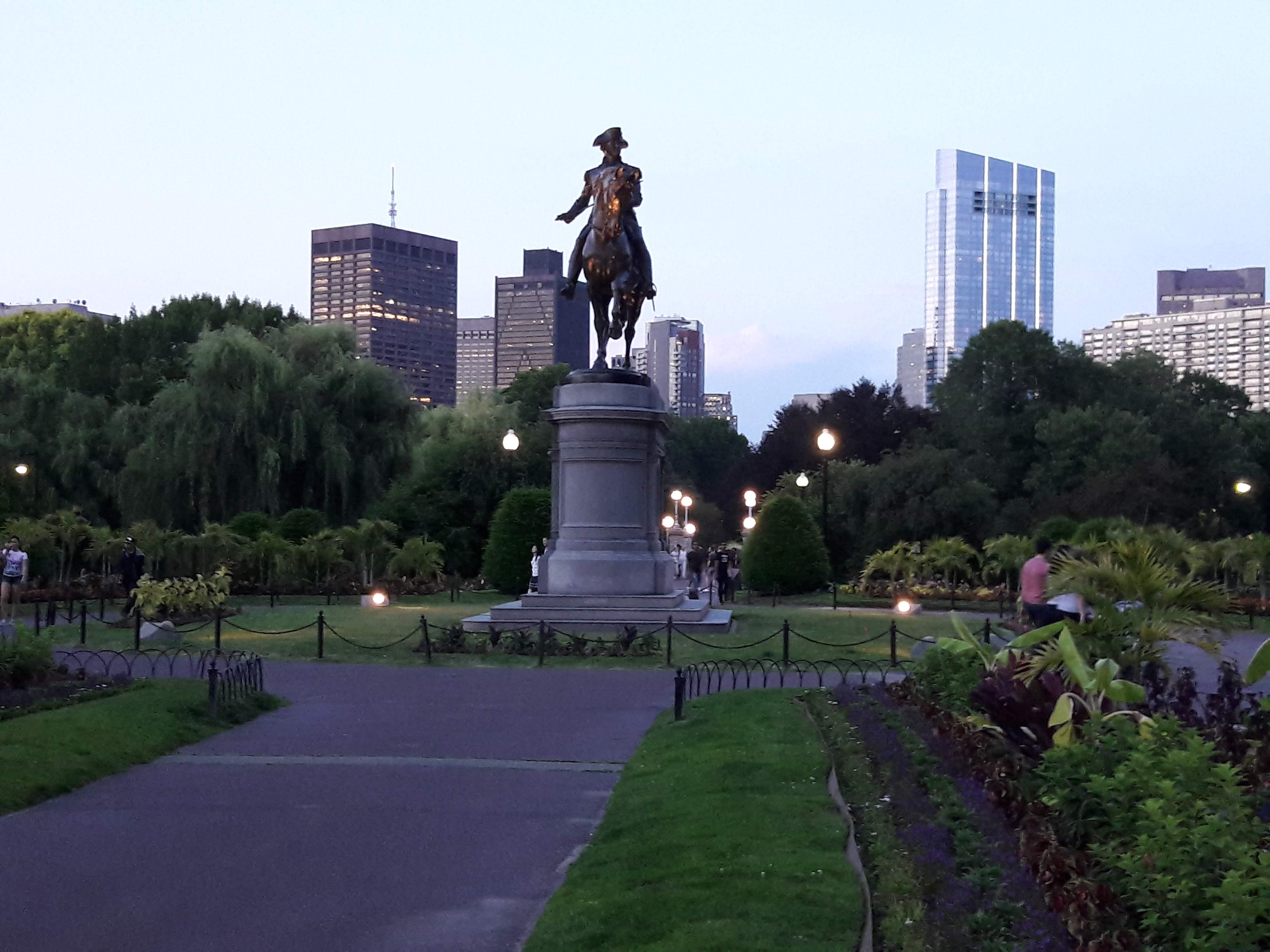 https://assets.sourcemedia.com/a3/86/056d46164e6ba44d9a5ffd8caea5/boston-public-garden-2018-cuna-acuc-cuj-063018.jpg
