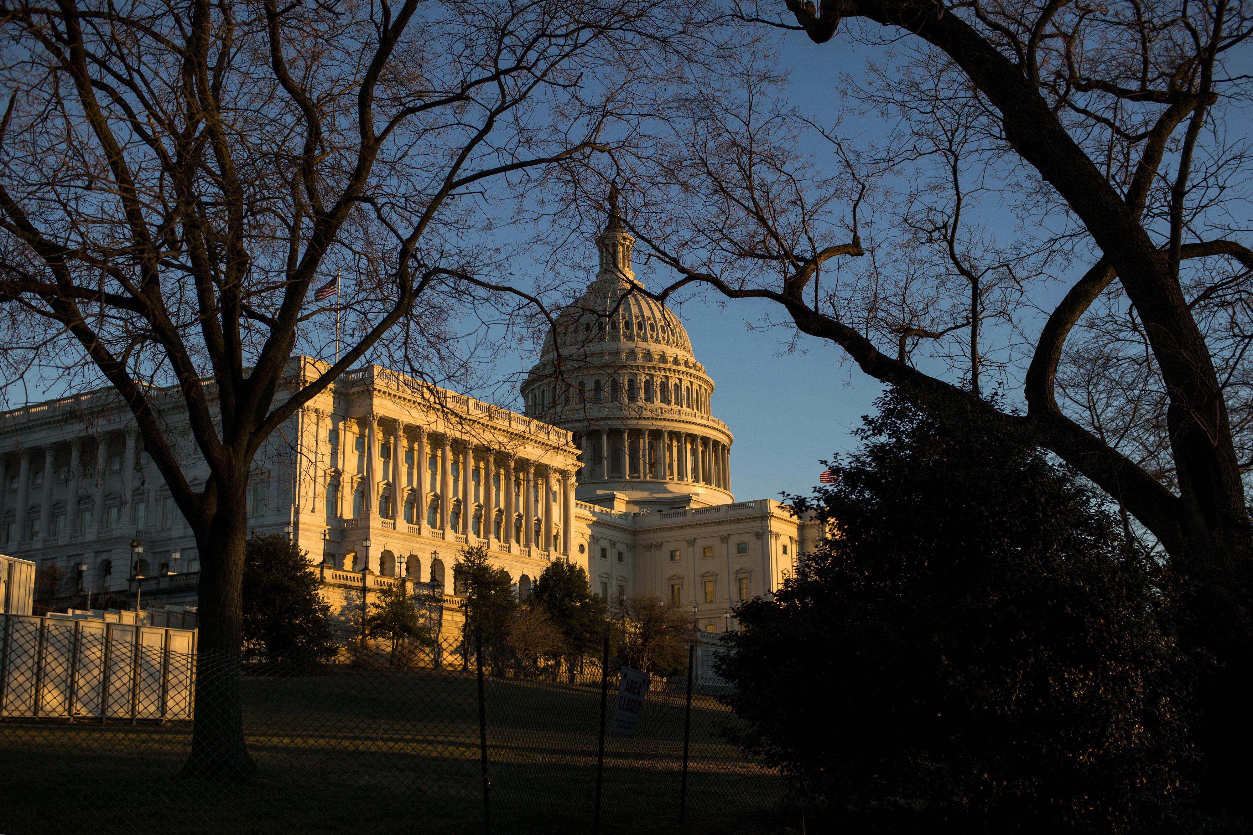 https://assets.sourcemedia.com/e7/90/8d2479bb44e68e448c7f1050b684/u.S.CapitolBuilding-Bloomberg.jpg